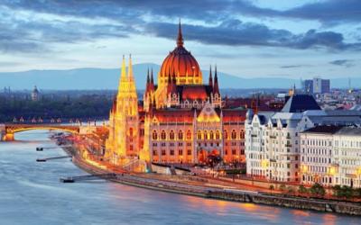 PUENTE DE DICIEMBRE – Budapest salida de Palma